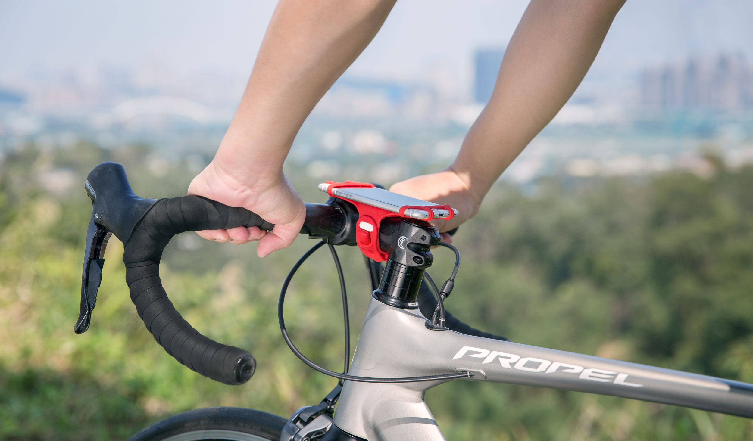 http://www.bonecollection.com/resources/product/photo/item_1346_field_22/original/biketiepro-photo1.jpg